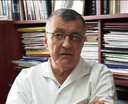 Prof. Dr. Dumitru Zdrenghea